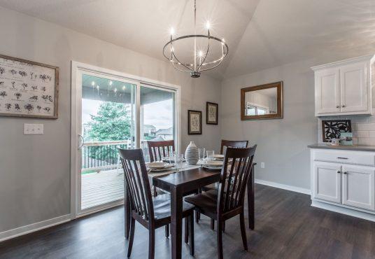 dining area in Monarch floor plan